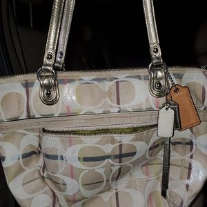 Coach tatersall tote